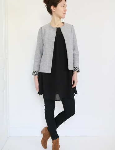 Claudie jacket in black and white thick cotton, with no collar, front view
