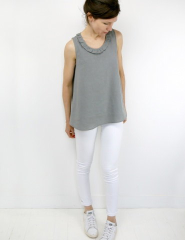 Alizé tank top with neckline flounce, in grey linen, second front view full-length